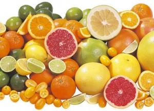 C vitamini vücudun 1 numaralı koryucularıdır. Depolanamadıkları için sürekli tüketmelisiniz.